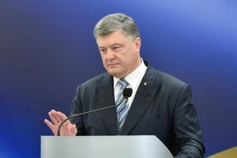 Порошенко ответил отказом напетицию оразблокировании «ВКонтакте»