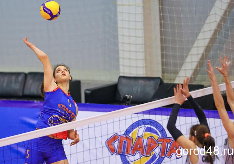 Какая же ты, Гатина!  Липецким волейболисткам не оставили шанса в Нижнем Новгороде