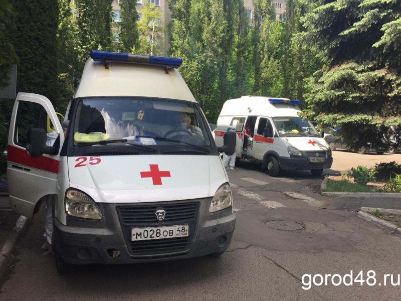 Засутки вЛипецкой области выявили 210 случаев COVID-19, восемь человек умерли