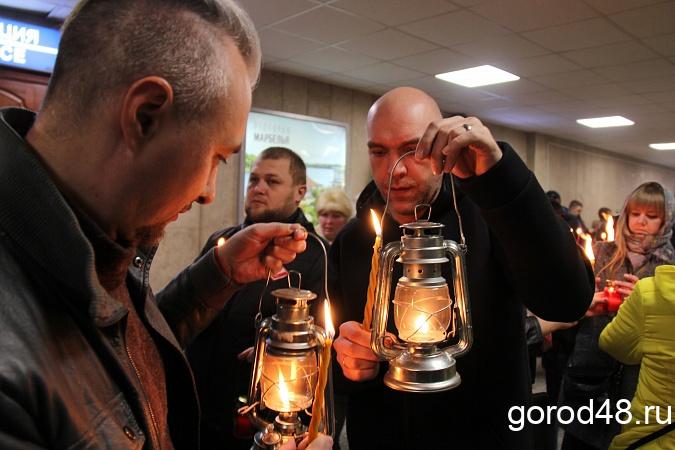 Благодатный огонь могут доставить в Липецк на машине из Москвы или Воронежа